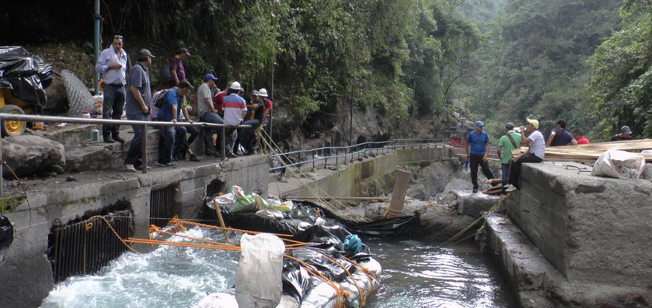 Pese a taponamiento en quebrada La Honda, no hay racionamiento de agua en Villavicencio