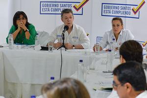Suspender bombardeos no quiere decir que la Fuerza Pública deje de hacer presencia en todo el territorio nacional: Presidente Santos