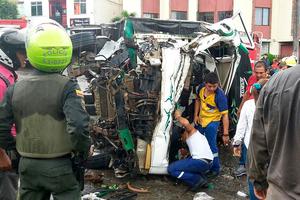 Se accidentó camión en vía antigua a Bogotá