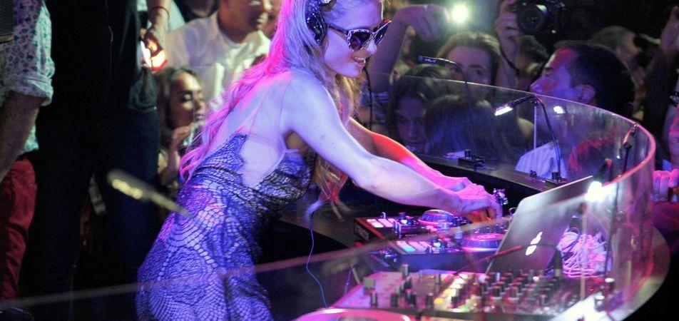 Paris Hilton Dj Visita Colombia