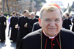 Por criticar al papa Francisco es destituido un cardenal