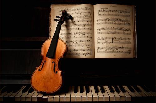 La música clásica activa los genes asociados a la actividad cerebral