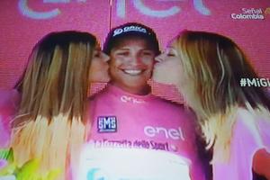 Un colombiano, el dueño de la Maglia Rosa en el Giro de Italia