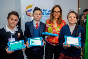 Lanzan portal educativo con más de 100 mil contenidos digitales