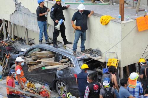 32 niños muertos dejó colapso de colegio en México por terremoto