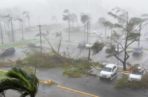 Emergencia en Puerto Rico tras el paso del Huracán María