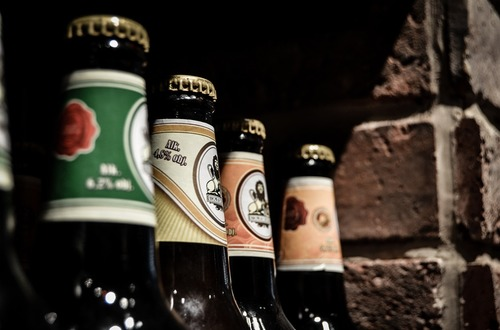 Empresa busca persona que quiera trabajar tomando cerveza