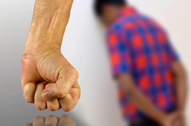 2 mujeres violaron a un hombre de 25 años