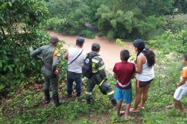 Cuatro personas fueron arrastradas por una creciente en Cubarral, Meta