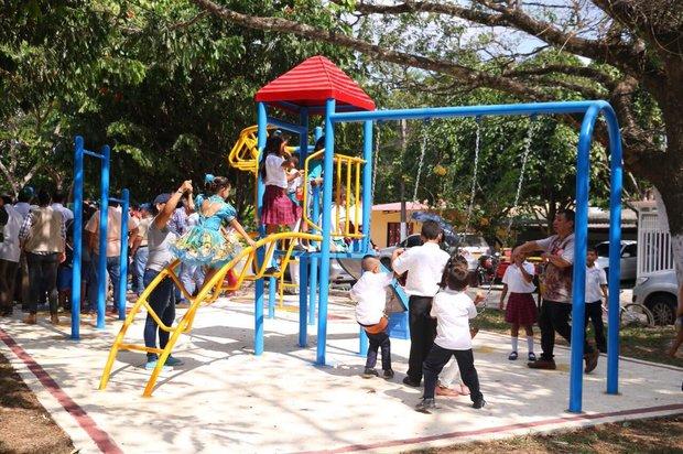 Parques biosaludables visitados por la Gobernadora Marcela Amaya