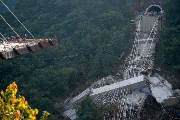 Pérdidas de 10.000 millones de pesos ha dejado problemas de la vía a Bogotá