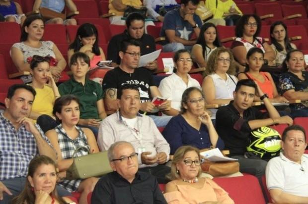 Se formalizó la nómina de docentes en Villavicencio