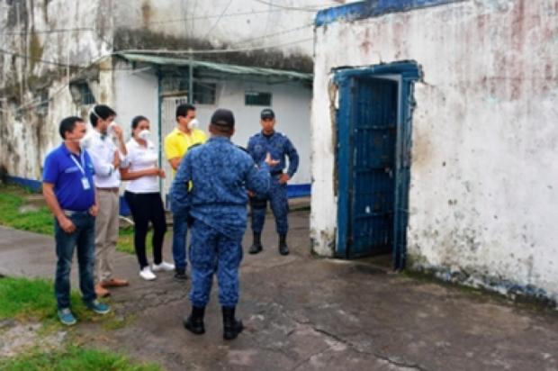 Calabozos, estaciones de Policía y URI de Villavicencio Colapsados