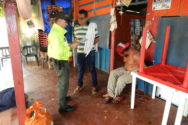 Padre e hijo capturados por tráfico de estupefacientes en Vista Hermosa