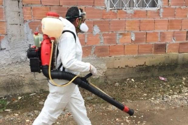 Fumigaciones contra el Dengue