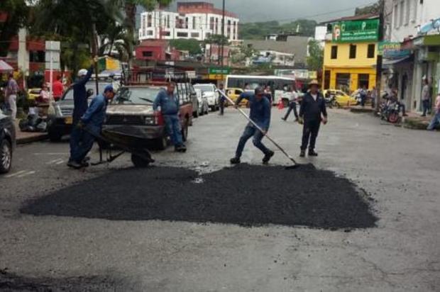 Programa de recuperación vial llegó al centro de Villavicencio