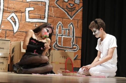 Colegio Jhon F. Kennedy prepara Festival de Teatro estudiantil