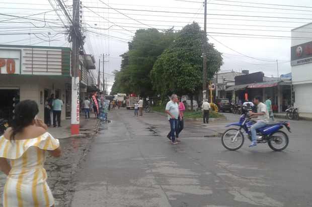 El municipio de Granada, sin servicio de energía a causa de fuertes vientos