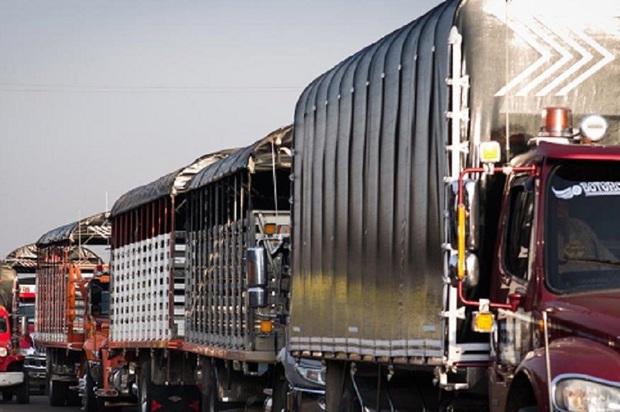 Ganaderos, los más afectados con cierres en la vía al Llano.