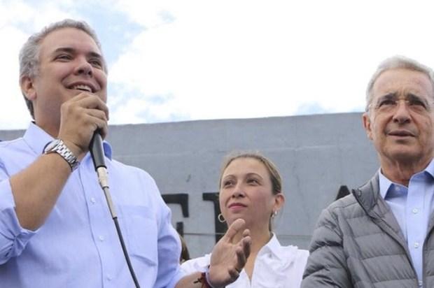 """""""Su honorabilidad e inocencia prevalecerán"""": Duque sobre Uribe"""