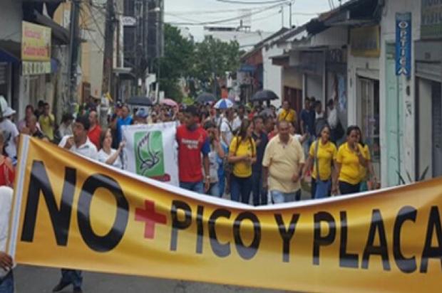 Comerciantes de Villavicencio rechazan nuevo pico y placa