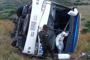 Accidente de un bus en el Cauca deja un muerto y 20 heridos