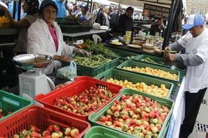 Aumento en alimentos por cierre de vía al Llano