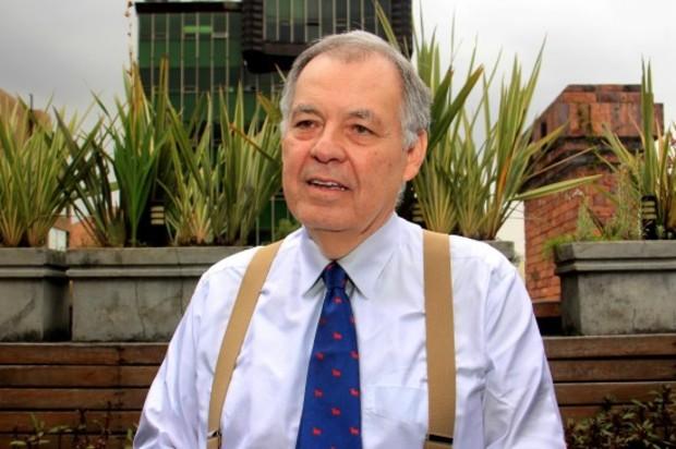 Mediante firmas pretenden que Alejandro Ordoñez no sea embajador ante OEA