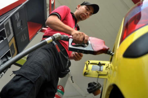 Precio de la gasolina subió $36 pesos