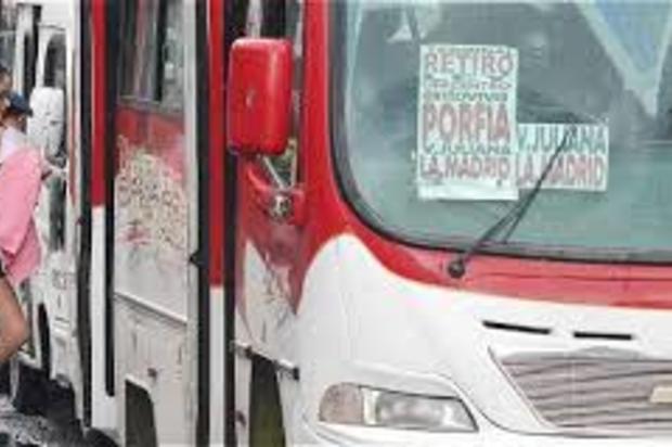 Delincuentes asaltaron un bus de servicio público en Villavicencio