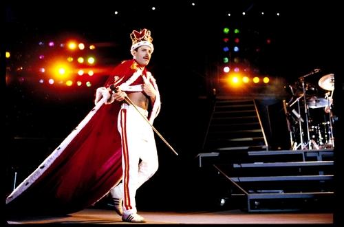 El mundo conmemora el nacimiento de un icono del rock, Freddie Mercury