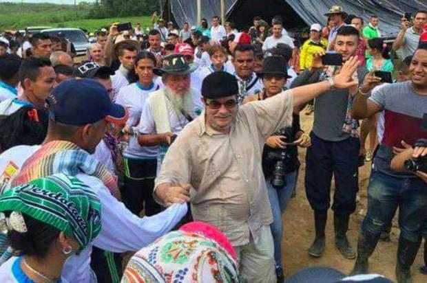 Timochenko visita la zona de concentración en el municipio de Mesetas, Meta