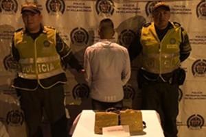 Funcionario de la Unidad Nacional de Protección capturado con Marihuana