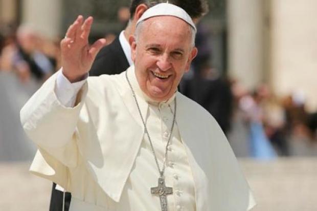 """""""La sexualidad, el sexo, es un regalo de Dios. Sin tabúes"""": Francisco"""