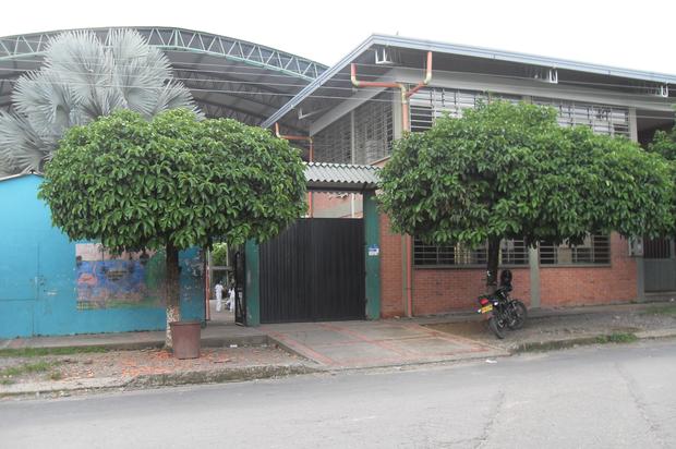 Estudiantes de Cumaral se tomaron el colegio Teniente Cruz Paredes