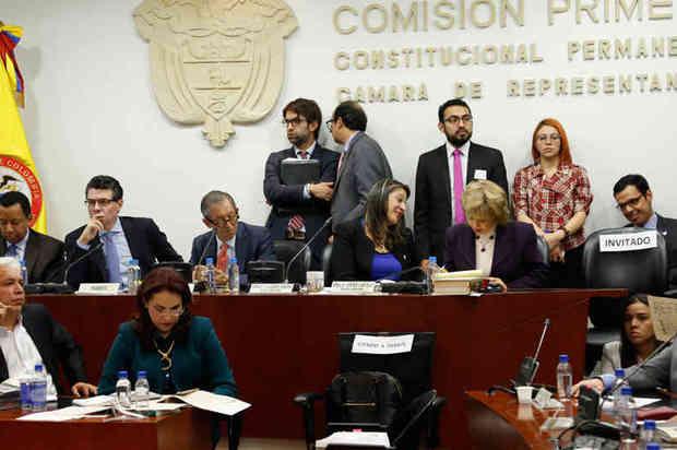 Cámara de Representantes propone unificar elecciones y ampliar mandatos