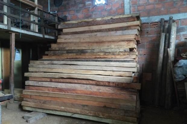 Cormacarena y Fiscalía decomisan madera en Acacías, Meta
