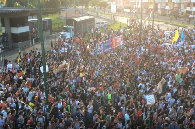 Villavicencio marchó por la educación pública