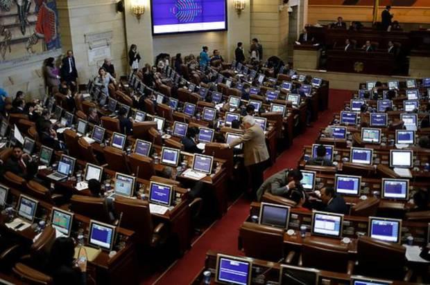 Paso en primer debate propuesta de ampliación del periodo de gobernantes