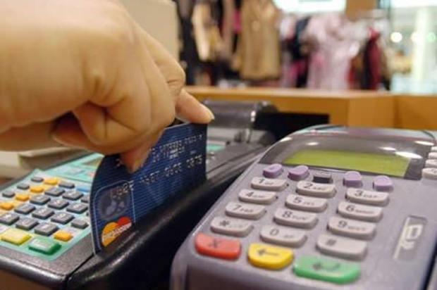En noviembre será más barato comprar con tarjeta de crédito en Colombia