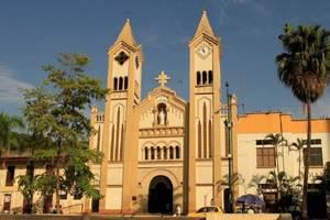 ¿IVA para iglesias y no a la canasta familiar?