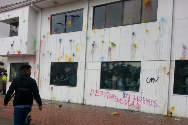 Nuevamente atacan sede de RCN radio en Bogotá