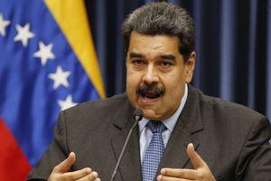 Maduro ofrece 20.000 becas para estudiantes colombianos en paro