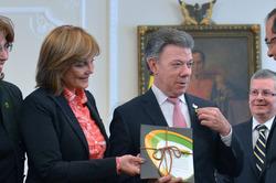 Nueva propuesta educativa hará de Colombia el país más educado de la región: Santos