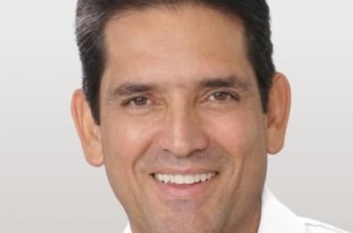 Juan Guillermo Zuluaga visitó Granada y supervisó obras sin culminar