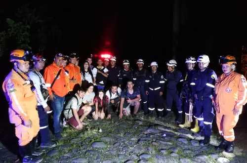 Defensa Civil rescató turistas perdidos en Caño Sagú