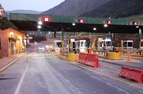¿Revisarán incremento en tarifas de peajes en la vía Bogotá-Villavicencio?
