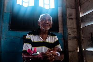 La Fotografía Documental le revivió el sentido por lo  humano