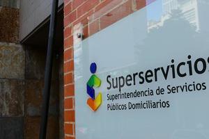 Superservicios autoriza a alcaldes para asumir costos de energía y gas