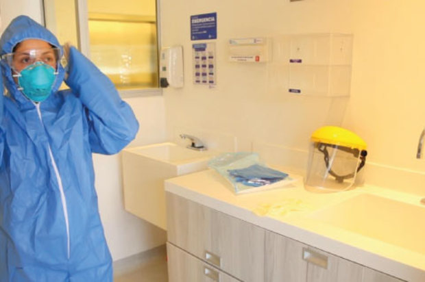 Dos médicos caleños, nuevas víctimas mortales del COVID-19 en Colombia